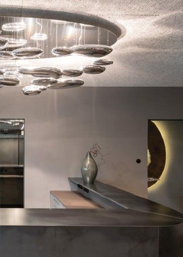 Artimide design hanglampen, moderne plafondlamp. Projectverlichting voor bedrijven, kantoren, winkels, schepen, horeca, ontvangstruimtes, etc. Grote collectie projectverlichting bij Webo.