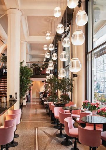 Artimide hanglampen restaurant verlichting. Projectverlichting voor bedrijven, kantoren, winkels, schepen, horeca, ontvangstruimtes, etc. Grote collectie projectverlichting bij Webo.