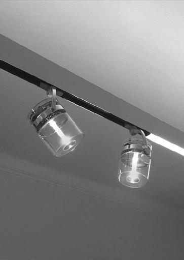 Artimide railverlichting. Projectverlichting voor bedrijven, kantoren, winkels, schepen, horeca, ontvangstruimtes, etc. Grote collectie projectverlichting bij Webo.