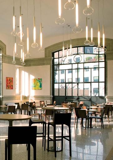 Projectverlichting. Verlichtingsarmaturen en lampen voor kantoren, schepen, winkels, horeca, musea, etc. Webo adviseert al meer dan 60 jaar architecten, bedrijven en instellingen bij de inrichting van zakelijke ruimtes.