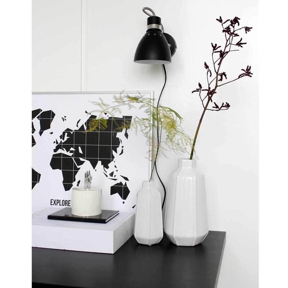 Industriële wandlamp zwart van Steinhauer. Industrie leeslamp, bedlamp.