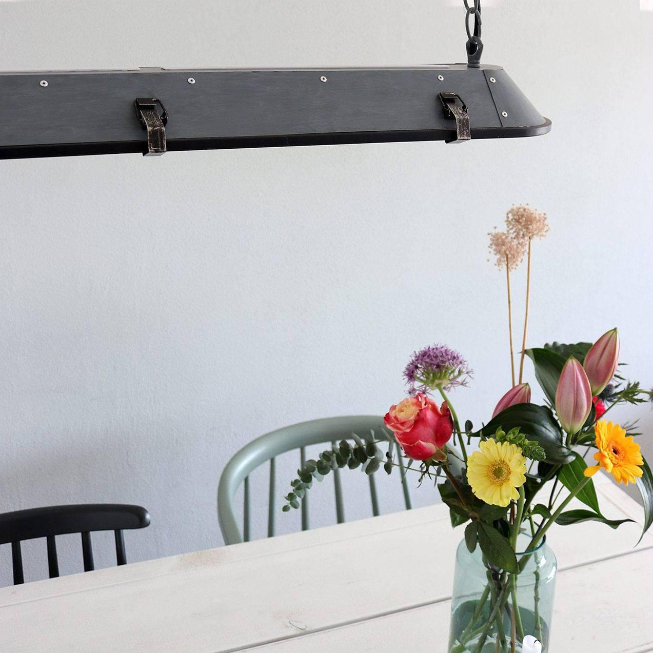 Stoere hanglamp voor boven eettafel van Steinhauer, bij Webo Verlichting in Beuningen bij Nijmegen.