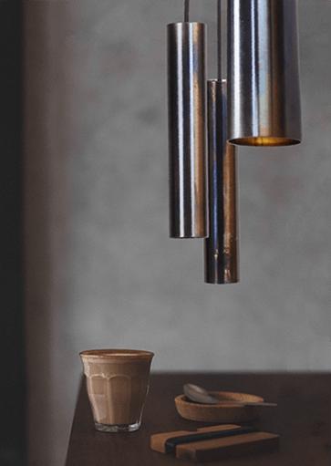 Moderne hanglamp, pijpjes dappled oil. Exclusieve design hanglamp van Masterlight. Masterlight verlichting vindt u bij Webo Verlichting in Nijmegen bij Beuningen. Dealer van alle Masterlight lampen. Koop online of bezoek de grootste verlichtingsshowroom van Nederland voor lampen inspiratie, verlichtingsadvies of een lichtplan.