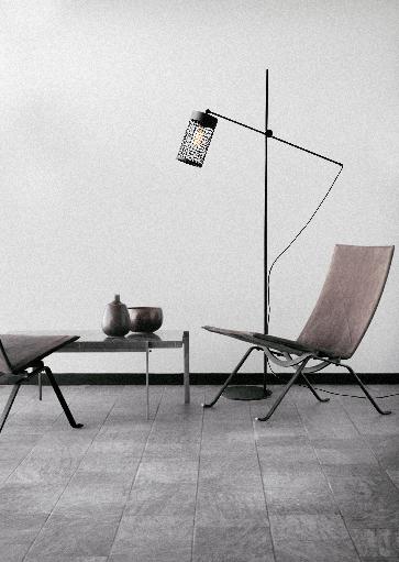 Moderne vloerlamp, staande lamp. Te koop bij Webo Verlichting in Beuningen bij Nijmegen. Masterlight kent een grote lampen collectie met klassieke lampen, moderne design lampen en industrielampen. Lampen in allerlei vormen, maten en kleuren. Hanglampen, eettafel lampen en vloerlampen. Masterlight verlichting vindt u bij Webo Verlichting in Nijmegen bij Beuningen. Dealer van alle Masterlight lampen. Koop online of bezoek de grootste verlichtingsshowroom van Nederland voor lampen inspiratie, verlichtingsadvies of een lichtplan.