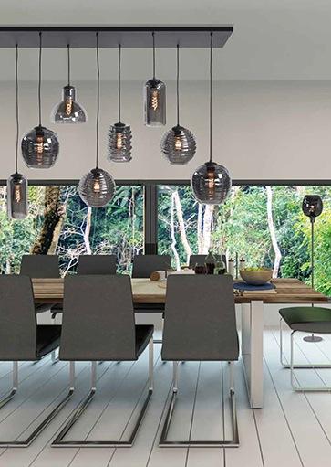 Hanglamp voor boven eettafel. Verschillende glazen kappen. High Light Fantasy serie.